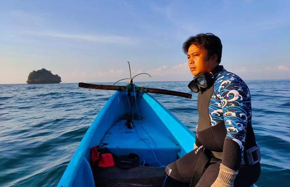 Nelayan Kondang Merak Jadi Aktivis Laut