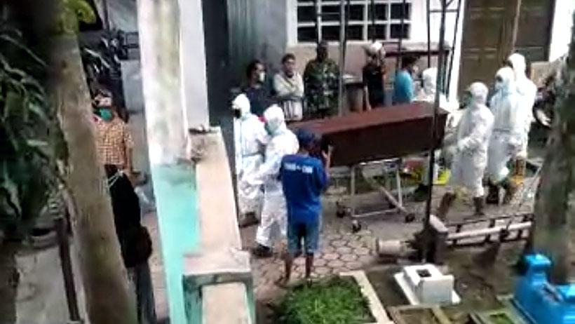 Jenazah Tertukar di TPU Kasin, Keluarga Pukul Petugas Pemakaman