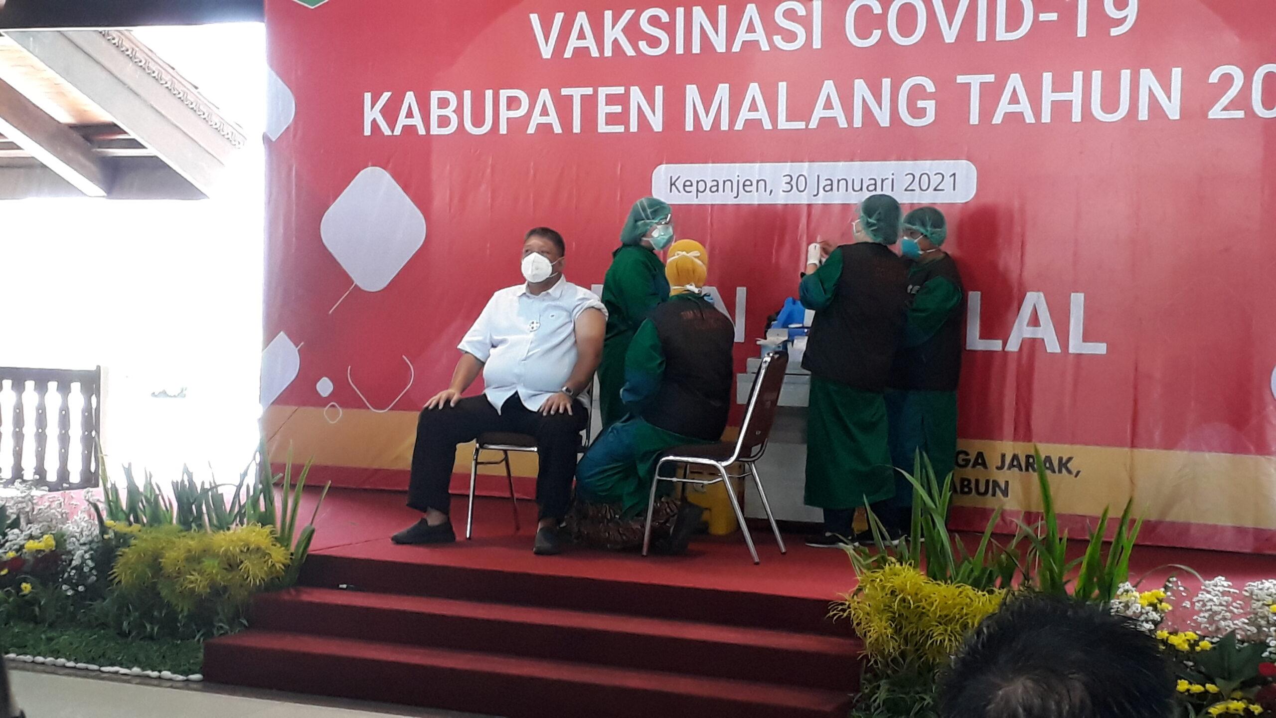 Tiga Tokoh Publik Kabupaten Malang Gagal Suntik Vaksin