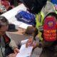 Pelanggar PPKM ketika mendapat surat peringatan dari Satpol PP Kota Batu