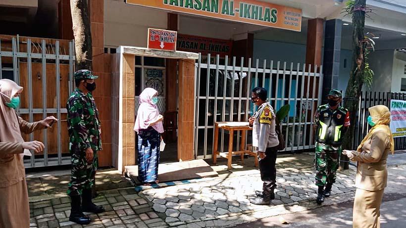 Satu Pengurus Selesai Isolasi, Yayasan Al Ikhlas Disemprot Disinfektan