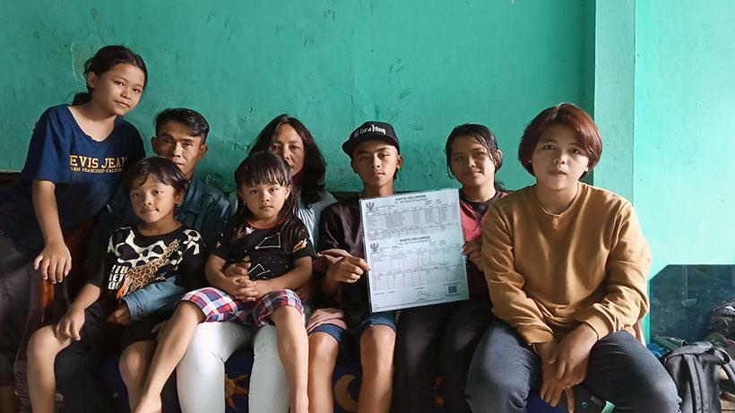 Pasutri di Malang Banyak Anak, Mandi Pun Harus Rebutan