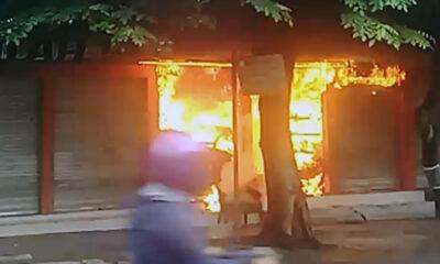 Kios Helm Stasiun Kota Baru Terbakar, Kerugian Puluhan Juta Rupiah