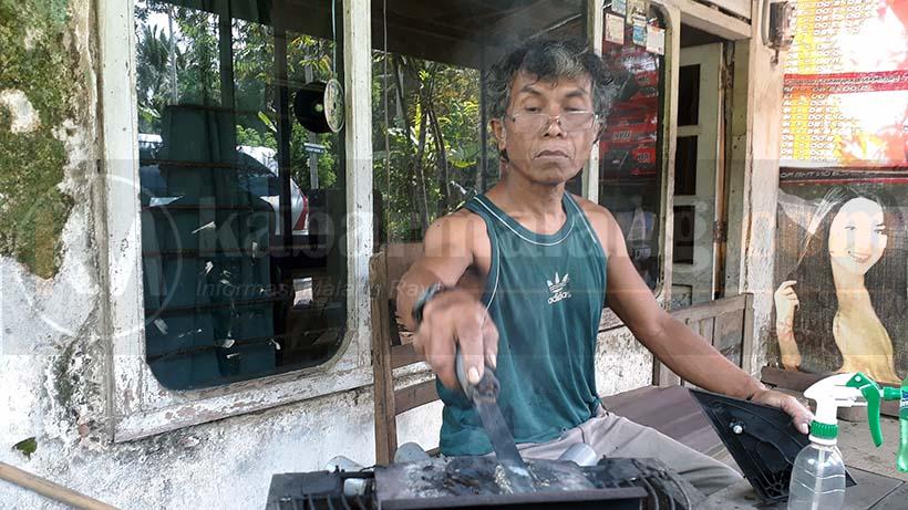 Inilah Pria Asal Dampit Pelopor Las Plastik Di Malang