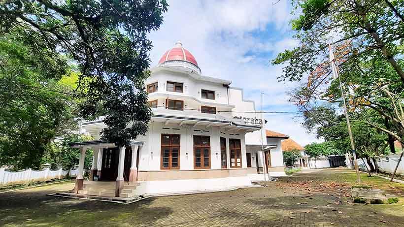Coki Muslim MLI Eksplorasi Keangkeran Wisma Tumapel Malang