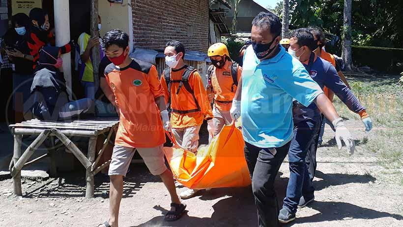 Wanita Muda Meninggal Tertutup Tikar Di Malang, Diduga Dibunuh