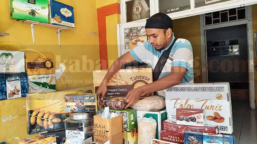 Kurma Mesir dan Tunisia Laris Manis diKota MalangSaat Ramadan 2021