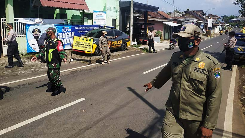 Kantor Kelurahan Tlogowaru Jadi Titik Operasi Prokes Dan PPKM Mikro