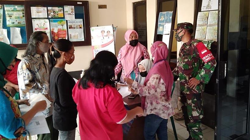 Pemerintah Salurkan BST Untuk 623 KPM Di Kelurahan Bandulan