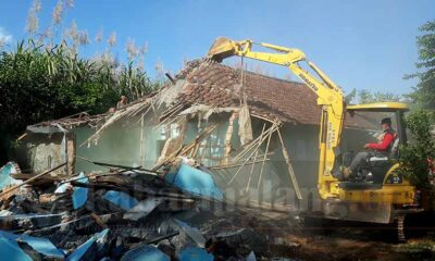 Eks Lokalisasi Girun Gondanglegi Malang Ambruk Tanpa Perlawanan