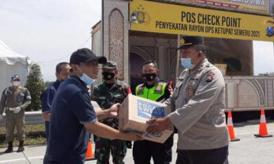 PWI Malang Raya Support Petugas Penyekatan Mudik Di Malang