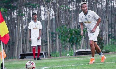 Dendi Santoso Buka Sekolah Sepak Bola, Tegaskan Bukan Sinyal Pensiun