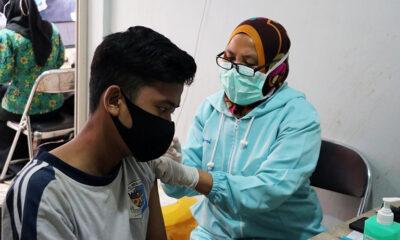 Pedagang Pasar Di Kota Batu Mendapatkan Vaksinasi Covid-19