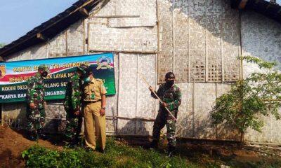 Kodim 0833 Kota Malang Bedah Rumah Warga Di Kedungkandang