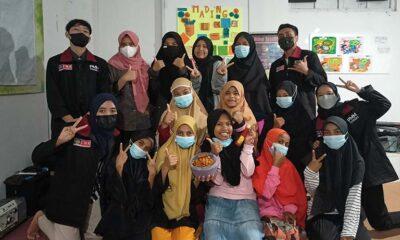 Kelompok PMM UMM Ajari Anak-Anak Kreatif Bikin Nugget Susu