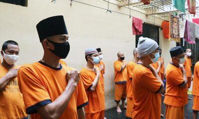 Tahanan Pun Anak Bangsa, Sikap Sempurna Saat Dengar Indonesia Raya